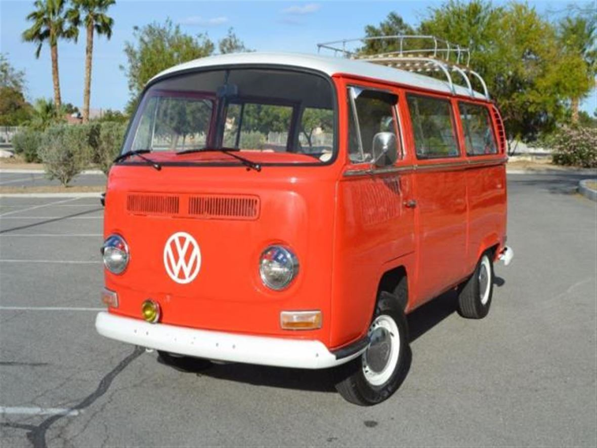 1971 Volkswagen Bus for sale by owner in Las Vegas