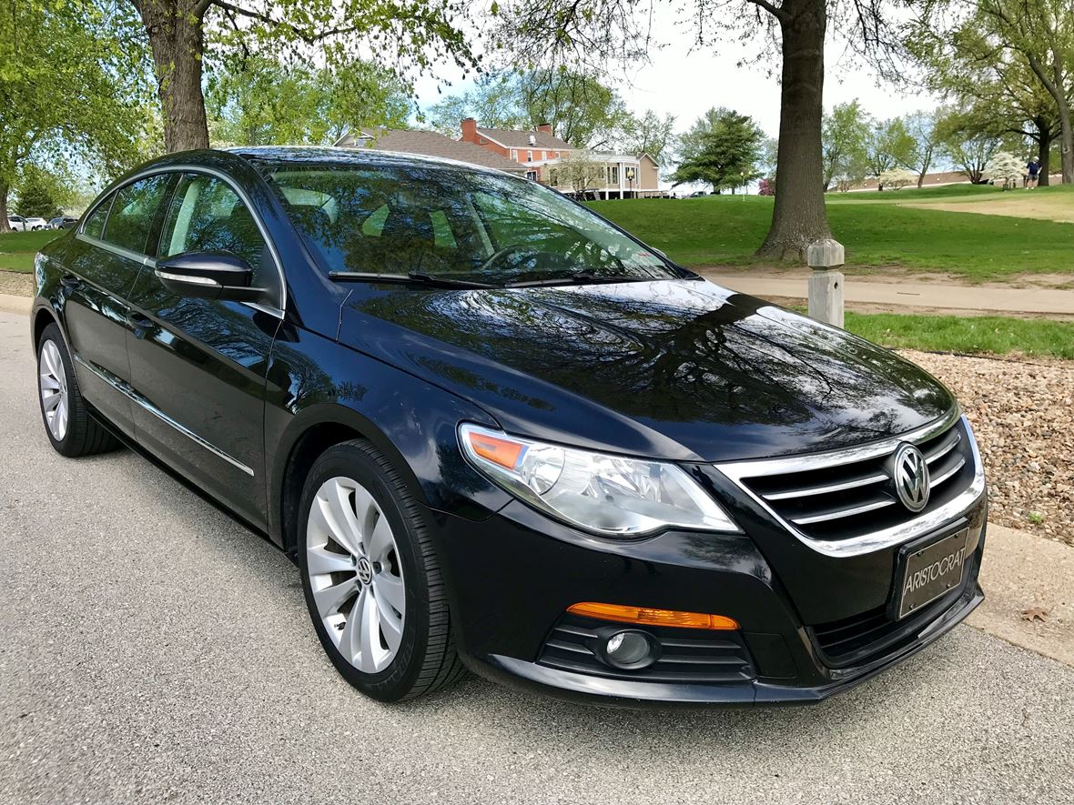2010 Volkswagen CC for sale by owner in Blue Springs
