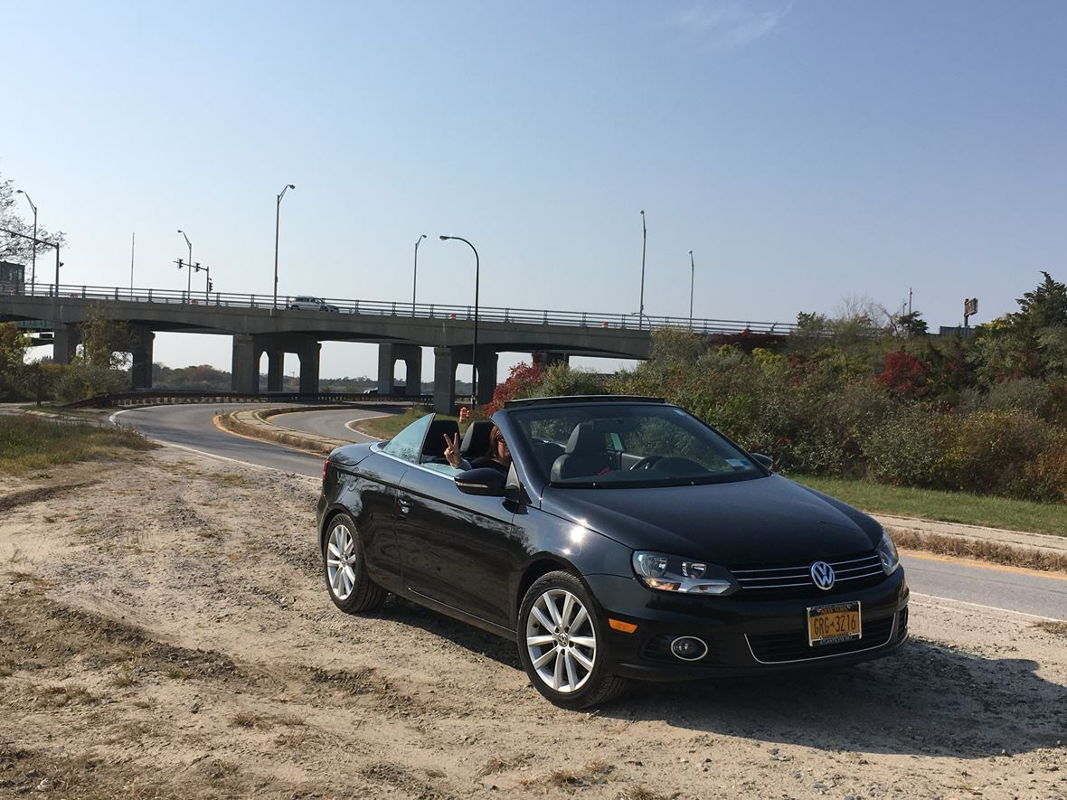 2013 Volkswagen EOS for sale by owner in West Babylon