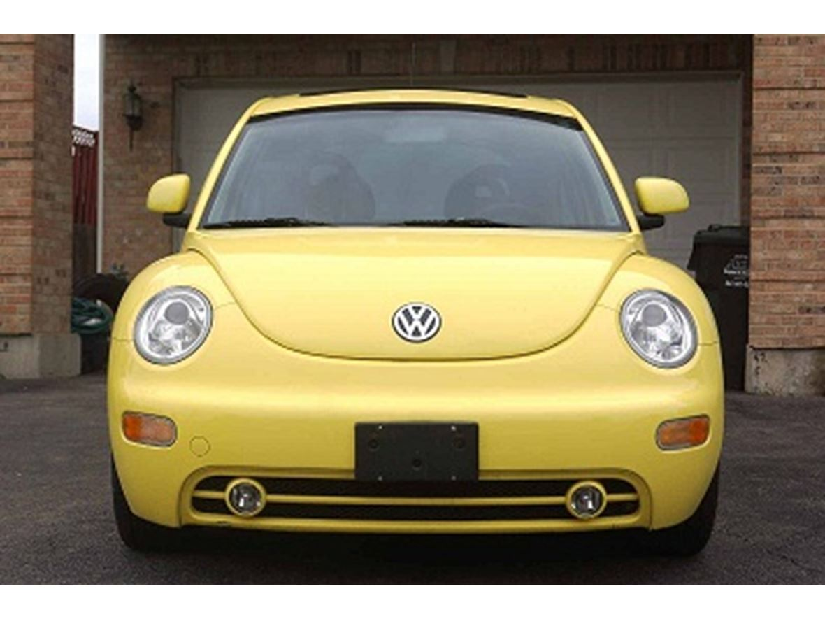 2000 Volkswagen New Beetle for sale by owner in Chicago