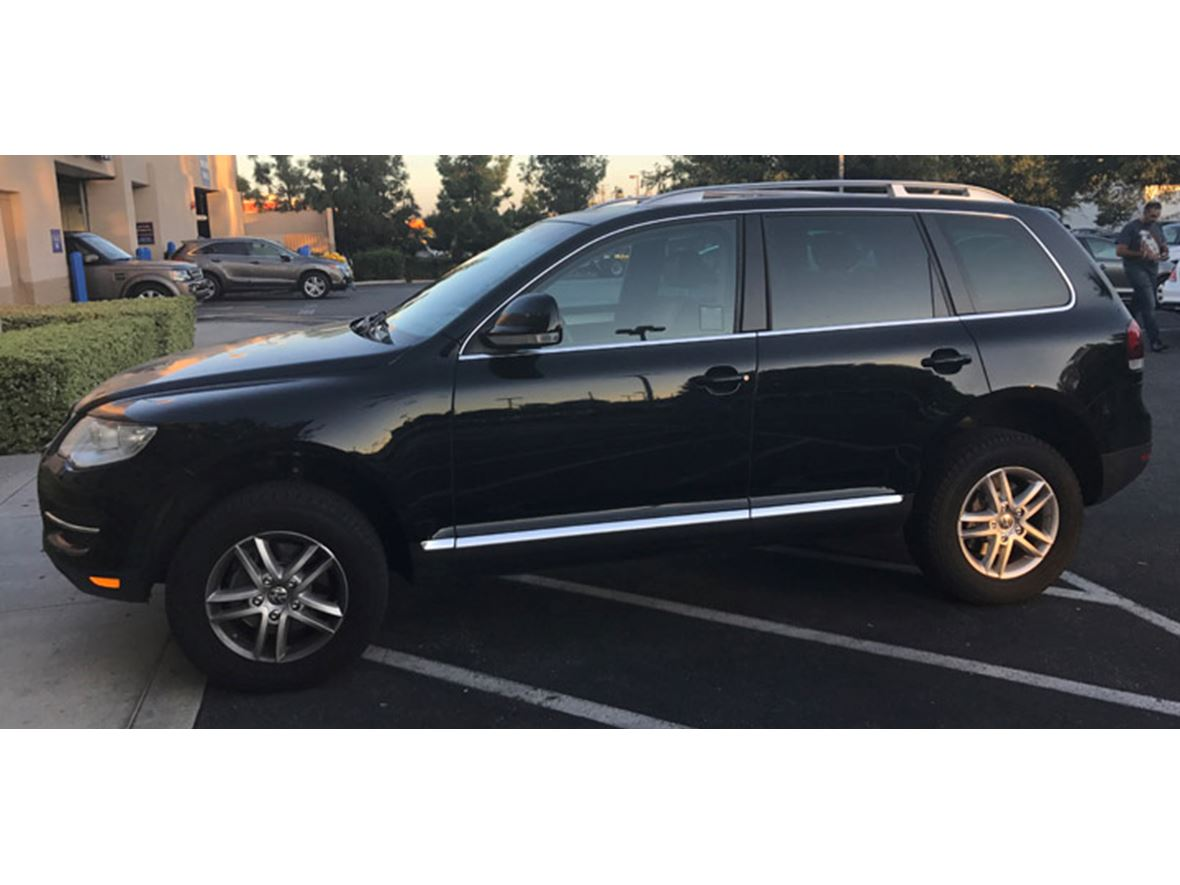 2009 Volkswagen Touareg for sale by owner in Glendale