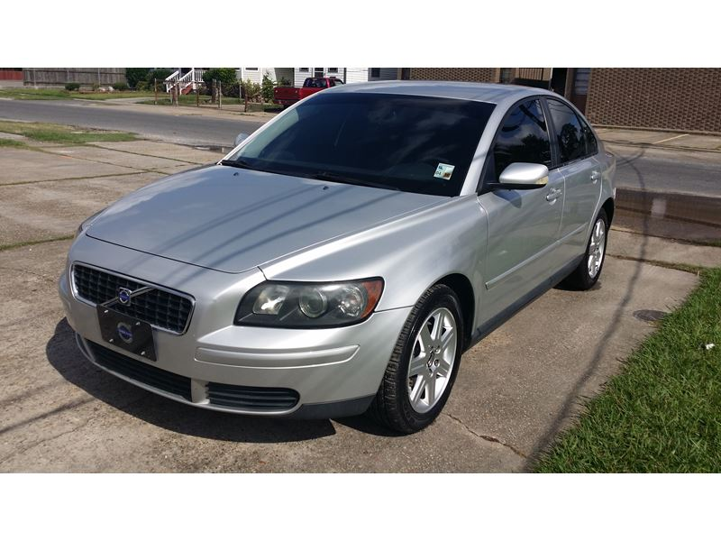 2006 Volvo S40 for sale by owner in NEW ORLEANS
