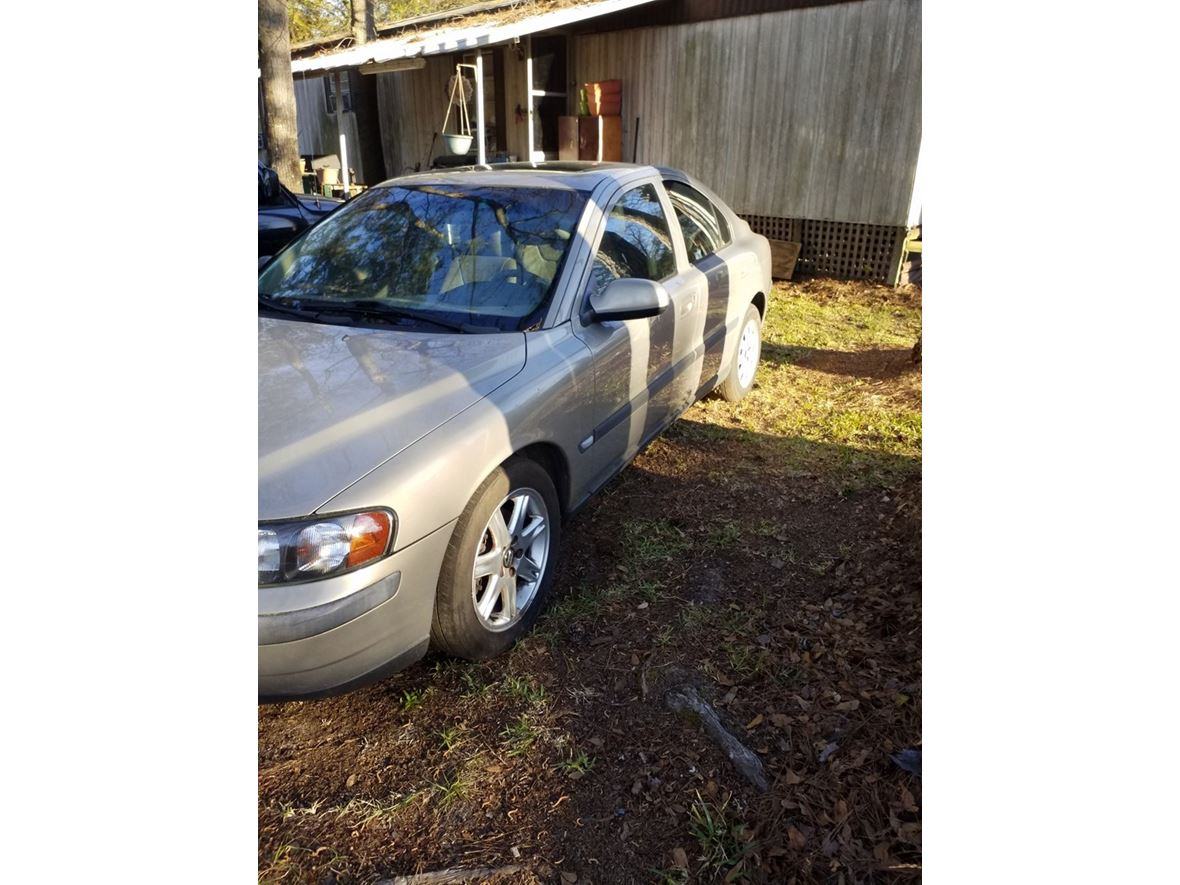 2001 Volvo S60 for sale by owner in Hanahan