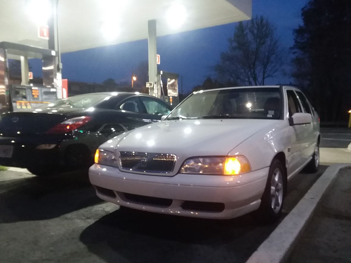 1999 Volvo S70 for sale by owner in Marietta