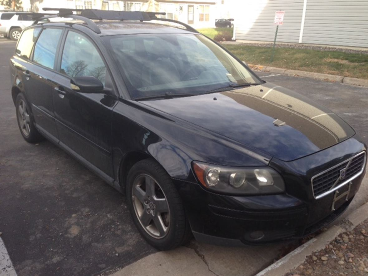 2006 Volvo V50 for sale by owner in Denver