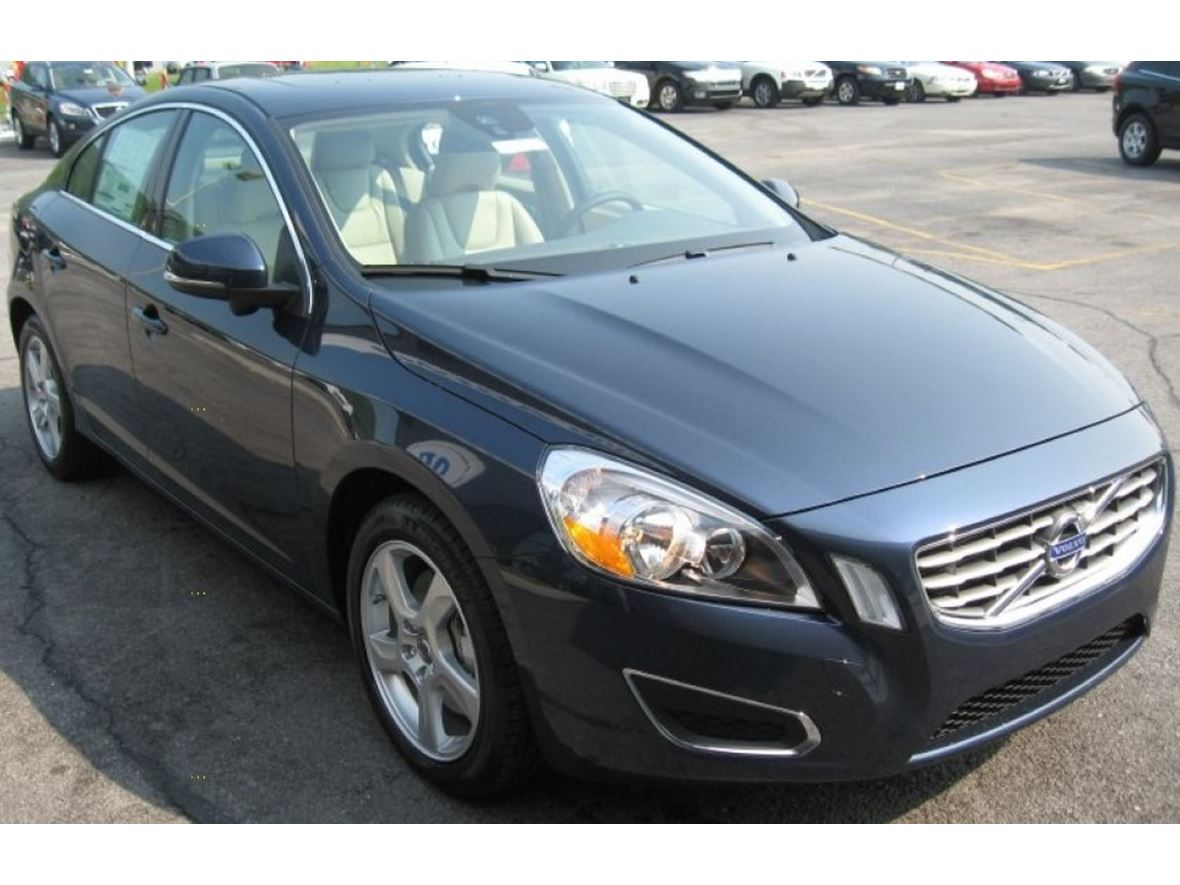 2012 Volvo V60 for sale by owner in San Diego