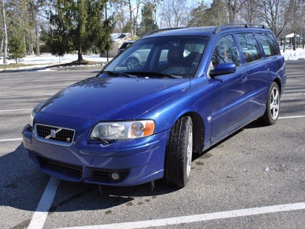 2005 Volvo V70 for sale by owner in Comstock