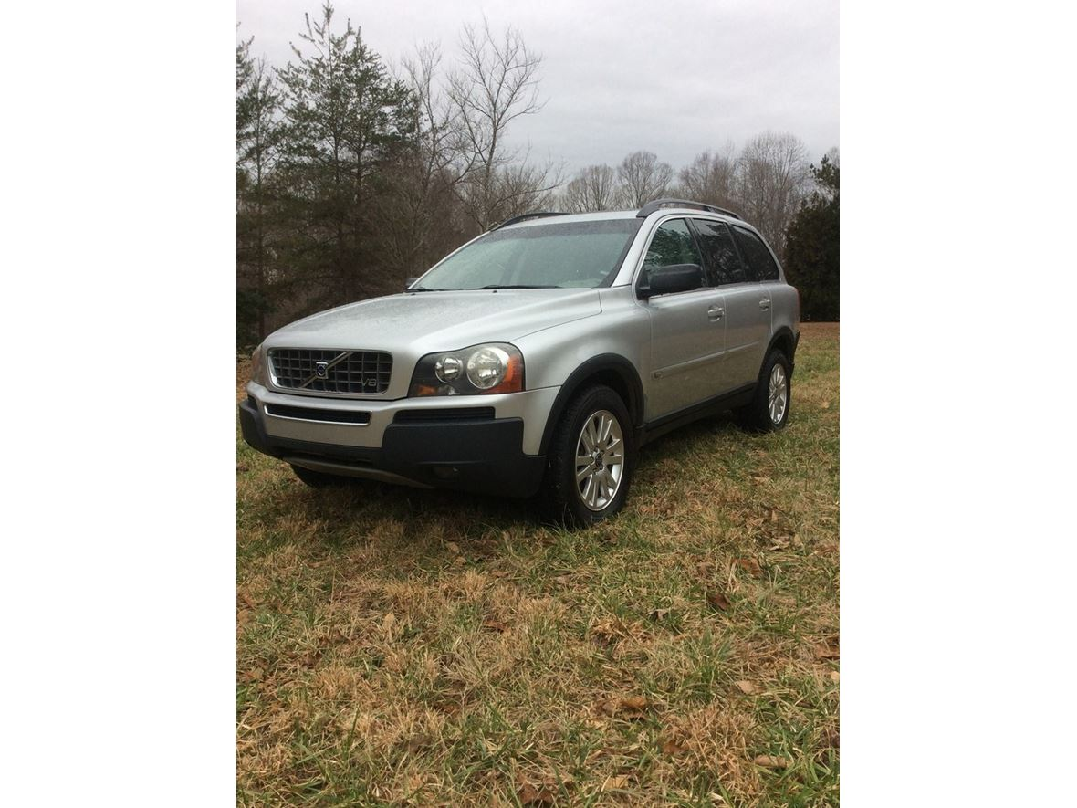 2005 Volvo XC90 for sale by owner in Newton